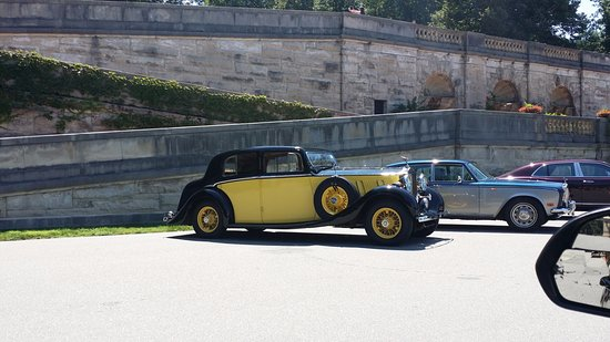 Biltmore: One of the Rolls Royce cars on display (seasonal)