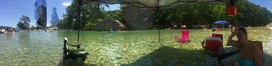 Neal's Lodges: The Frio River never disappoints! Good times...good times!