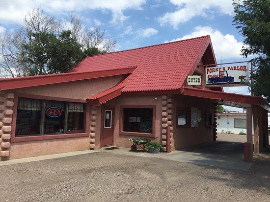 Syracuse, KS : Porky's Storefront