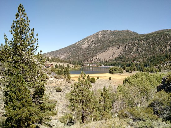 June Lake, Californien: Looking West from Northshore Drive