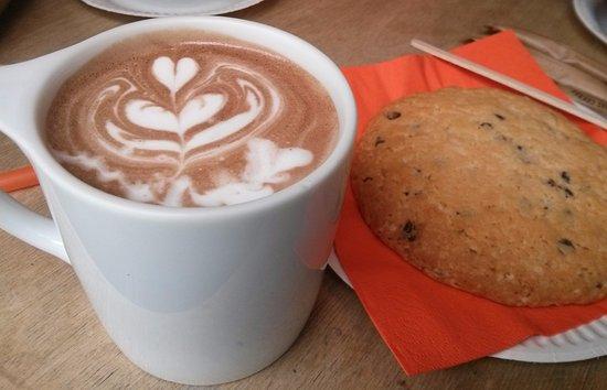 Coffee Inn : Какао с сердечком <3