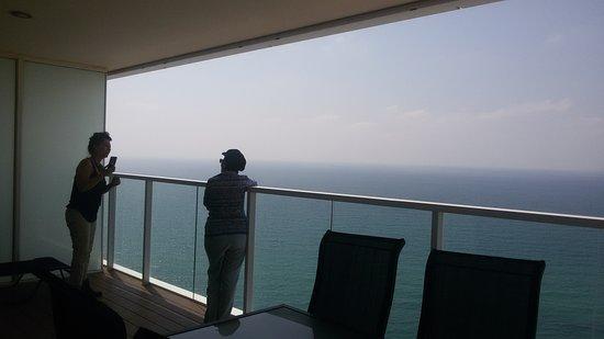 Island Suites Hotel Photo