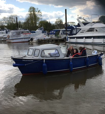 Upton upon Severn, UK: Day boat hire from Upton marina