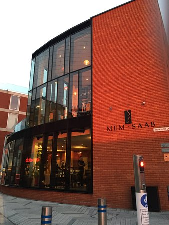 Memsaab: All glass and red-brick