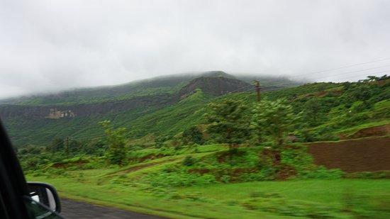 Bhandardara, Indien: green wave