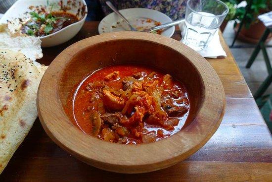 Cafe Rumist: Turkish Clay Pot Stew