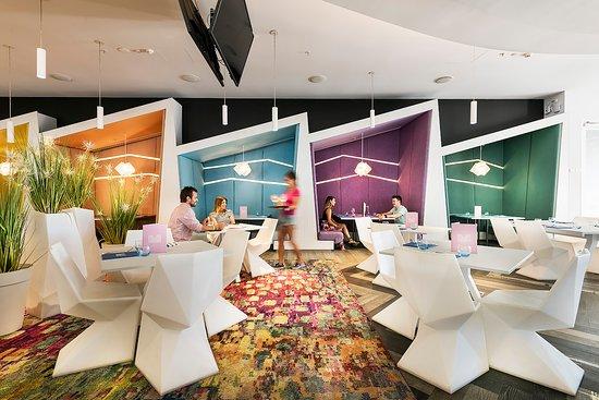 Matisse Beach Club: Dining Cabanas