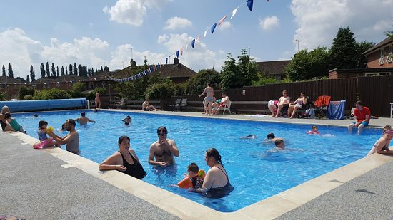 Woburn Swimming Pool England Updated 2018 Top Tips Before You Go With Photos Tripadvisor