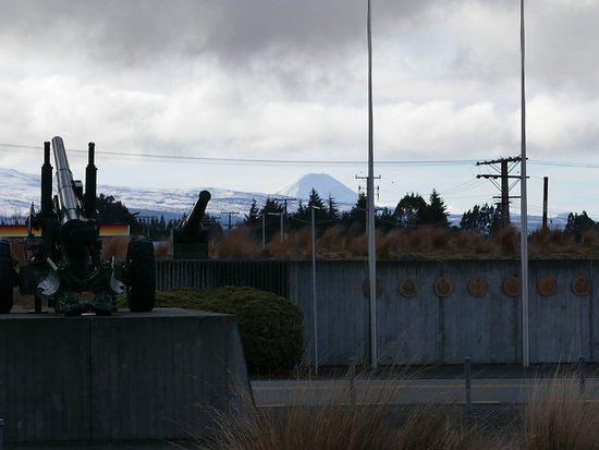 National Army Museum: view of ngauruhoe (center) and ruapehu volcanoes from museum carpark