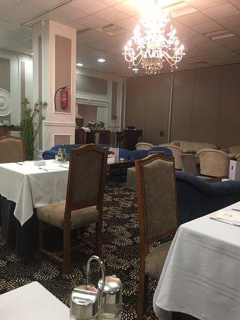 Hotel La Maison-Blanche $57 ($̶1̶0̶0̶) - UPDATED 2018 Prices ...