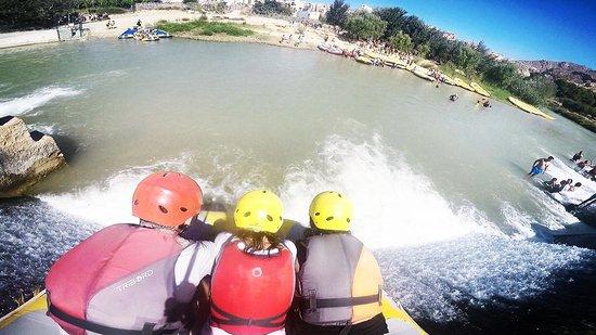 Blanca, España: Súper divertido, las peleas de agua con otros zodiac, las zonas de baño, todo para repetir pront