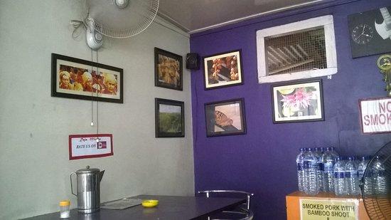 Raja Mircha Ambiance - The local style.