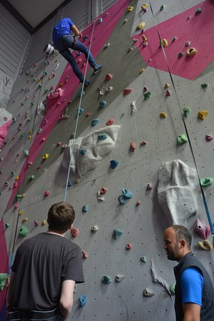 Kinlochleven, UK: Climbing the wall!
