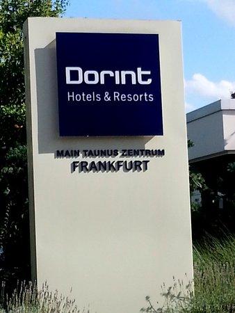 Dorint Main Taunus Zentrum: La struttura.