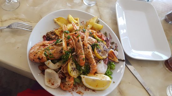 restaurant restaurant tarantella dans port de bouc