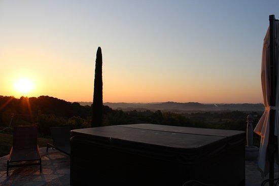 Tigliole, Włochy: Whirlpool, Sonnenaufgang