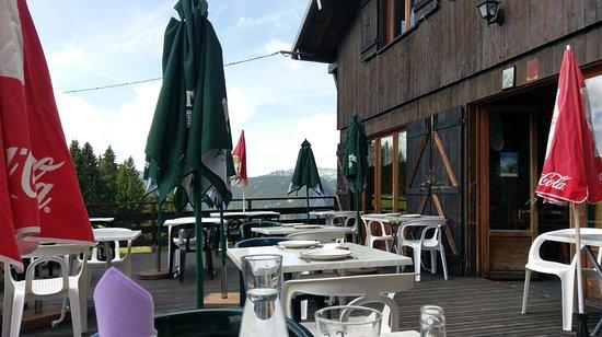 Thorens-Glieres, Frankrijk: terrasse