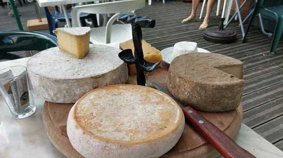 Thorens-Glieres, Fransa: plateau fromages