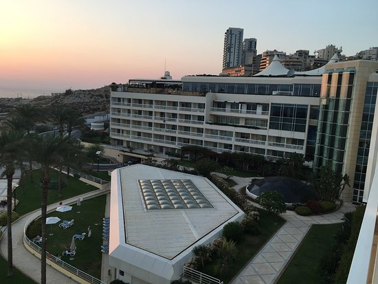 Movenpick Hotel Beirut: It was very nice and clean hotel