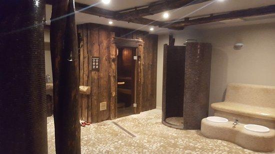 Stare Jablonki, Polen: Bardzo fajna i klimatyczna sauna, warto się tam zrelaksować