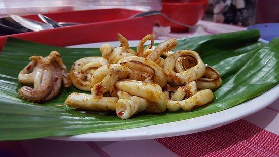 Kota Kinabalu District, มาเลเซีย: Grilled Squid