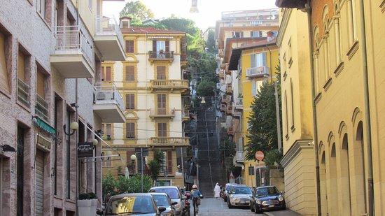 Ca'Dei Costa: Un lindo barrio cerca el puerto.