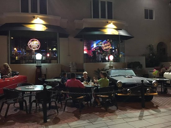 Harley S American Restaurant Bar Come Essere In America