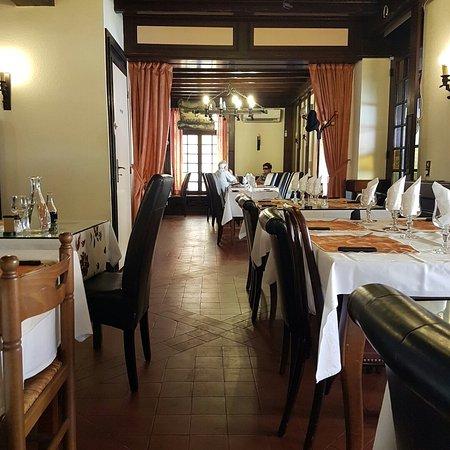 Restaurant du parc vizille 25 avenue aristide briand for Restaurant a vizille