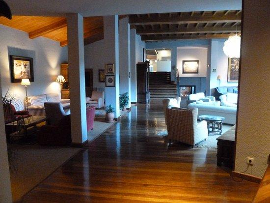 Hotel abba Formigal: salon de lecture calme et confortable