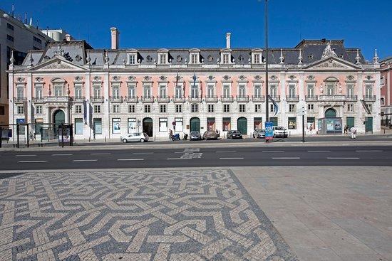 Foz Palace: Palácio Foz - fachada principal