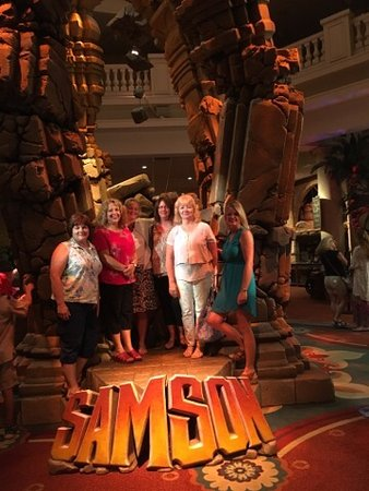 Sight and Sound Theatres : girls Weekend out in Lancaster, PA area