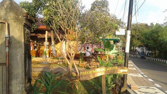 Warung Wayan (WW)