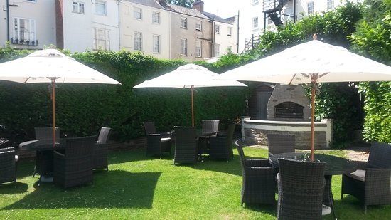 Queens Hotel Cheltenham - MGallery by Sofitel: Garden - Always open and available for private hire