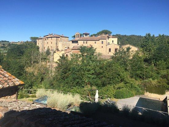 Castel Monastero: photo5.jpg