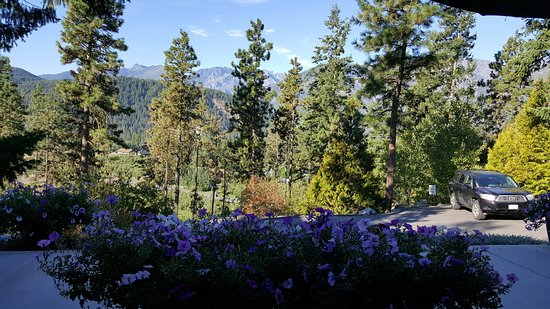 Cashmere Mountain Bed & Breakfast: View from our room