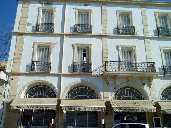 Cherchell, แอลจีเรีย: Façade de l'hôtel