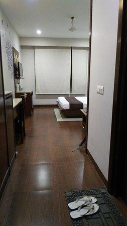 Hotel Basera Photo