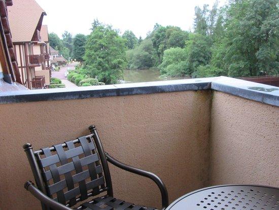 Connelles, Francja: Small terrace
