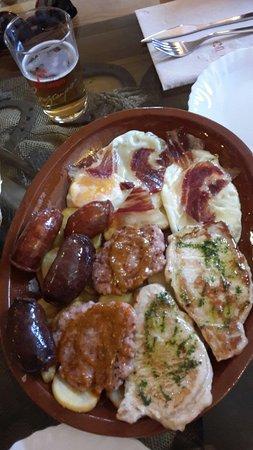 Alpandeire, إسبانيا: 20160816_142831_large.jpg