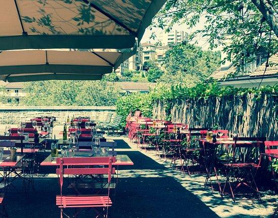 Terrasse ombragée - Picture of Caffe Bellini, Lausanne - TripAdvisor