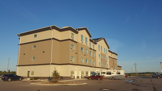 Selkirk, Canadá: Rear view of the hotel