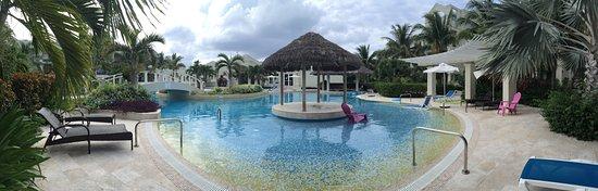The Atrium Resort: photo8.jpg
