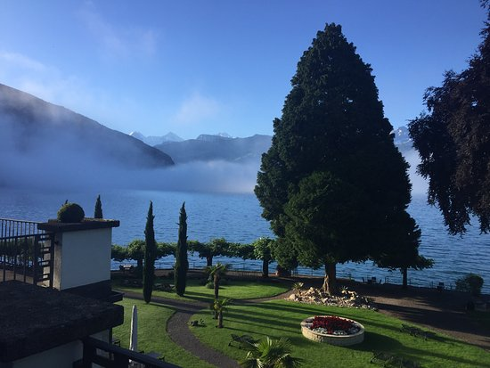 Gunten, سويسرا: View from our room every morning