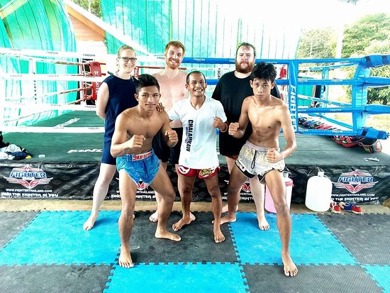 Chalamkhow Muay thai