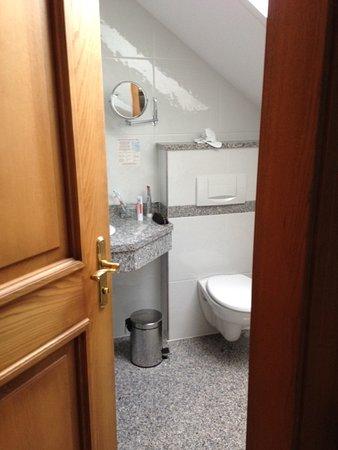 Hotel-Pension Bloberger Hof: Badezimmer Zimmer Nr. 19