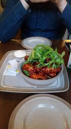 The Old Mill Restaurant: Amazing wings!