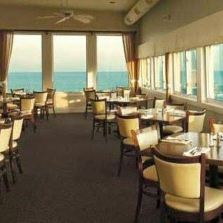 Salisbury, MA: Seaglass_Dining_Room cropped_large.jpg
