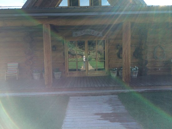 Cranbrook, Canada: The Lodge for meals and relaxation