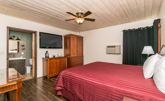 Apache Lodge: Room 30