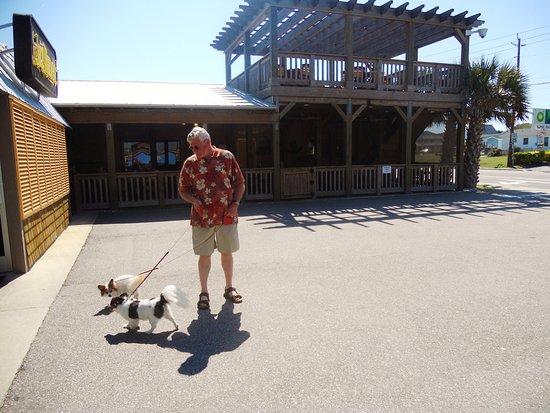Big Daddy's Restaurant: Quaint ocean town
